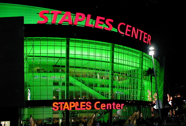 Staplescenter2_crop_650x440