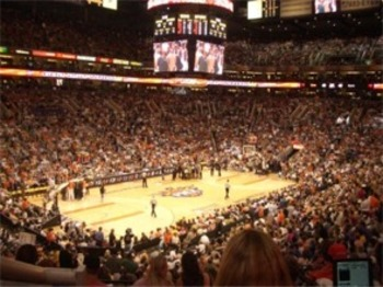 Usairwayscenter_display_image