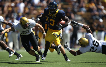 BERKELEY, CA - SEPTEMBER 11: Jeremy Ross #3 of the California Golden Bears runs against Ray Polk #26 of the Colorado Buffaloes at California Memorial Stadium on September 11, 2010 in Berkeley, California. (Photo by Jed Jacobsohn/Getty Images)