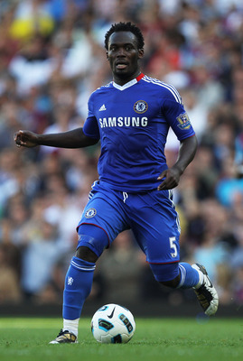 LONDON, ENGLAND - SEPTEMBER 11:  Michael Essien of Chelsea in action during the Barclays Premier League match between West Ham United and Chelsea at the Boleyn Ground on September 11, 2010 in London, England.  (Photo by Hamish Blair/Getty Images)
