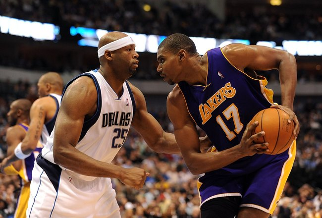 DALLAS - JANUARY 13:  Center Andrew Bynum #17 of the Los Angeles Lakers and Erick Dampier #25 of the Dallas Mavericks on January 13, 2010 at American Airlines Center in Dallas, Texas.  NOTE TO USER: User expressly acknowledges and agrees that, by download