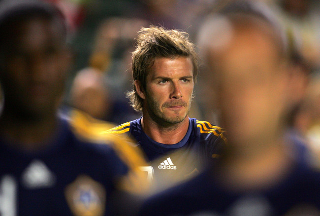 CARSON, CA - SEPTEMBER 24:  David Beckham #23 of the Los Angeles Galaxy warms up prior to their MLS match against New York Red Bulls at The Home Depot Center on September 24, 2010 in Carson, California.  (Photo by Victor Decolongon/Getty Images)