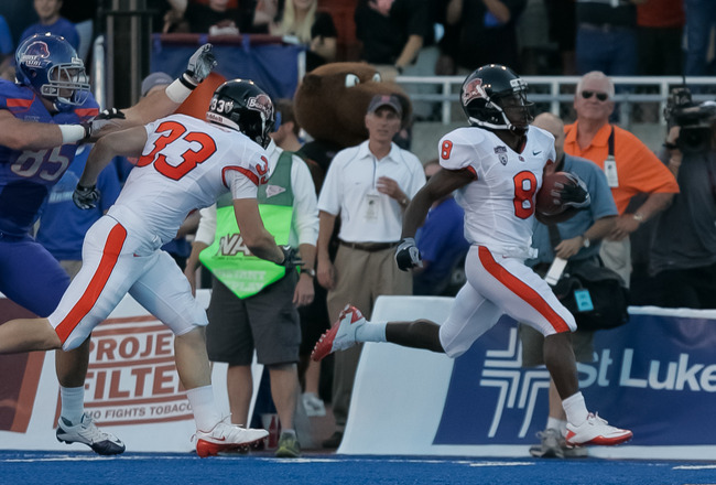 BOISE, ID - SEPTEMBER 25:  Wide receiver James Rodgers #8 of the Oregon State Beavers runs in for a touchdown against the Boise State Broncos at Bronco Stadium on September 25, 2010 in Boise, Idaho.  (Photo by Otto Kitsinger III/Getty Images)