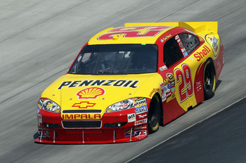 DOVER, DE - SEPTEMBER 24:  Kevin Harvick drives the #29 Shell/Pennzoil Chevrolet during practice for the NASCAR Sprint Cup Series AAA 400 at Dover International Speedway on September 24, 2010 in Dover, Delaware.  (Photo by Nick Laham/Getty Images)