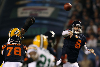 CHICAGO - SEPTEMBER 27:  Jay Cutler #6 of the Chicago Bears throws a pass in the first quarter against the Green Bay Packers at Soldier Field on September 27, 2010 in Chicago, Illinois.  (Photo by Jonathan Daniel/Getty Images)