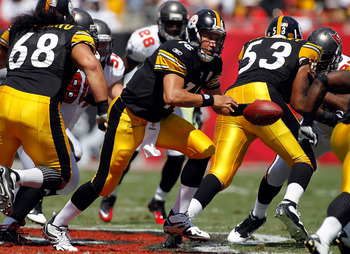 TAMPA, FL - SEPTEMBER 26:  Quarterback Charlie Batch #16 of the Pittsburgh Steelers hands the ball off against the Tampa Bay Buccaneers during the game at Raymond James Stadium on September 26, 2010 in Tampa, Florida.  (Photo by J. Meric/Getty Images)