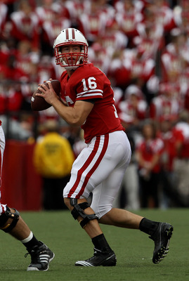 MADISON, WI - SEPTEMBER 18: Scott Tolzien #16 of the Wisconsin Badgers looks for a receiver against the Arizona State Sun Devils at Camp Randall Stadium on September 18, 2010 in Madison, Wisconsin. Wisconsin defeated Arizona State 20-19. (Photo by Jonatha
