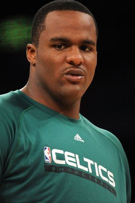LOS ANGELES, CA - JUNE 15:  Glen Davis #11 of the Boston Celtics warms up before taking on the Los Angeles Lakers in Game Six of the 2010 NBA Finals at Staples Center on June 15, 2010 in Los Angeles, California.  NOTE TO USER: User expressly acknowledges