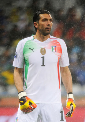 CAPE TOWN, SOUTH AFRICA - JUNE 14:  Gianluigi Buffon of Italy looks on during the 2010 FIFA World Cup South Africa Group F match between Italy and Paraguay at Green Point Stadium on June 14, 2010 in Cape Town, South Africa.  (Photo by Claudio Villa/ Grazi