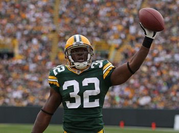 GREEN BAY, WI - SEPTEMBER 19: Brandon Jackson #32 of the Green Bay Packers celebrates a touchdown run against the Buffalo Bills at Lambeau Field on September 19, 2010 in Green Bay, Wisconsin. The Packers defeated the Bills 34-7.  (Photo by Jonathan Daniel