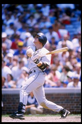 28 Jun 1997:  Second baseman Craig Biggio of the Houston Astros in action at the plate during a game against the Chicago Cubs at Wrigley Field in Chicago, Illinois.  The Cubs won the game 5-2. Mandatory Credit: Jonathan Daniel  /Allsport