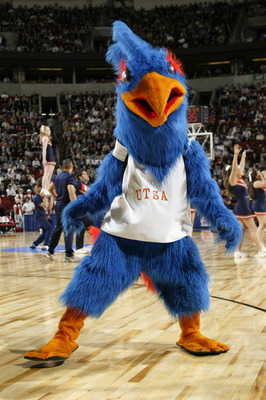SEATTLE - MARCH 18:  The University of Texas at San Antonio Roadrunners mascot performs during an intermission in the NCAA Division I Men's Basketball Tournament against the Stanford University Cardinal at Key Arena on March 18, 2004 in Seattle, Washingto