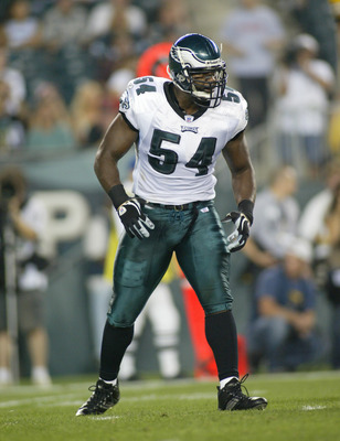 PHILADELPHIA - AUGUST 25:  Linebacker Jeremiah Trotter #54 of the Philadelphia Eagles stands on the field during a preseason game against the Pittsburgh Steelers on August 25, 2006 at Lincoln Financial Field in Philadelphia, Pennsylvania. The Eagles defea