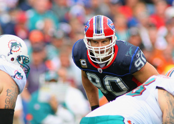 ORCHARD PARK, NY - SEPTEMBER 12: Chris Kelsay #90 of  the Buffalo Bills readies for a play against the Miami Dolphins during the NFL season opener at Ralph Wilson Stadium on September 12, 2010 in Orchard Park, New York.  (Photo by Rick Stewart/Getty Image
