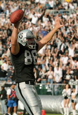 OAKLAND, CA - OCTOBER 24:  Tight end Doug Jolley #88 of the Oakland Raiders celebrates during the game against the New Orleans Saints at Network Associates Coliseum on October 24, 2004 in Oakland, California. The Saints defeated the Raiders 31-26. (Photo