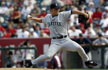 ANAHEIM, CA - SEPTEMBER 24:  Kazuhiro Sasaki of the Seattle Mariners pitches against the Anaheim Angels in the eighth inning on September 24, 2003 at Edison Field in Anaheim, California.  The Angels defeated the Mariners 4-0.  (Photo by Robert Laberge/Get