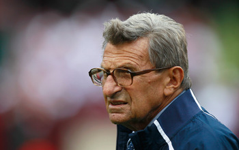 TUSCALOOSA, AL - SEPTEMBER 11:  Head coach Joe Paterno of the Penn State Nittany Lions walks out onto the field during warmups before facing the Alabama Crimson Tide at Bryant-Denny Stadium on September 11, 2010 in Tuscaloosa, Alabama.  (Photo by Kevin C.
