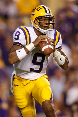 BATON ROUGE, LA - SEPTEMBER 25:  Jordan Jefferson #9 of the Louisiana State Univeristy Tigers looks to throw a pass against the West Virginia Mountaineers at Tiger Stadium on September 25, 2010 in Baton Rouge, Louisiana.  The Tigers defeated the Mountaine