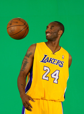 EL SEGUNDO, CA - SEPTEMBER 25:  Kobe Bryant #24  of the Los Angeles Lakers tapes a television segment during Media Day at the Toyota Center on September 25, 2010 in El Segundo, California. NOTE TO USER: User expressly acknowledges and agrees that, by down