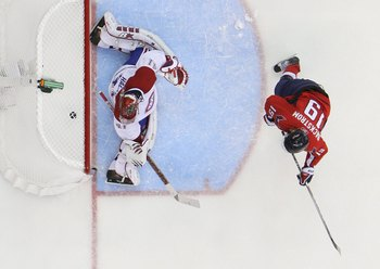 Nicklas Backstrom beats Jaroslav Halak in Game 2 of the 2010 Eastern Conference Quarterfinals.