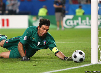 _44769735_buffon_getty416_display_image