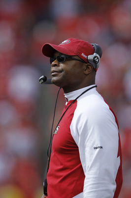 KANSAS CITY, MO - SEPTEMBER 26: Head coach Mike Singletary of the San Francisco 49ers looks on during the game against the Kansas City Chiefs at Arrowhead Stadium on September 26, 2010 in Kansas City, Missouri. The Chiefs won 31-10. (Photo by Joe Robbins/