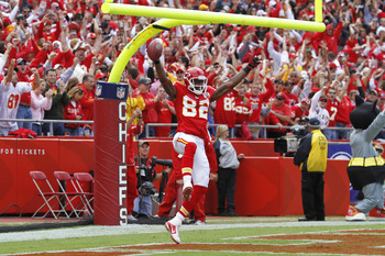 KANSAS CITY, MO - SEPTEMBER 26: Dwayne Bowe #82 of the Kansas City Chiefs celebrates after a 45-yard touchdown reception against the San Francisco 49ers at Arrowhead Stadium on September 26, 2010 in Kansas City, Missouri. The Chiefs won 31-10. (Photo by J