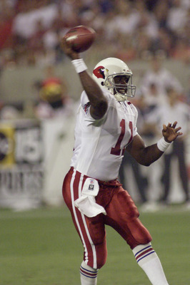 TEMPE, AZ - AUGUST 9:  Quarterback Jeff Blake #11 of the Arizona Cardinals throws a pass against the Dallas Cowboys during the NFL preseason game at Sun Devil Stadium on August 9, 2003 in Tempe, Arizona. The Cardinals defeated the Cowboys 13-0.  (Photo by