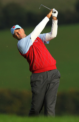 NEWPORT, WALES - OCTOBER 03:  Stewart Cink of the USA hits an approach shot during the  Fourball & Foursome Matches during the 2010 Ryder Cup at the Celtic Manor Resort on October 3, 2010 in Newport, Wales.  (Photo by Andy Lyons/Getty Images)