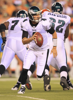 CINCINNATI - AUGUST 20:  Kevin Kolb #4 of the Philadelphia Eagles runs with the ball during the NFL preseason game against the Cincinnati Bengals at Paul Brown Stadium on August 20, 2010 in Cincinnati, Ohio.  (Photo by Andy Lyons/Getty Images)