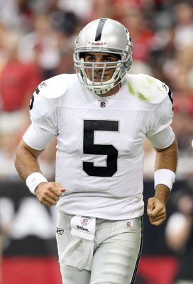 GLENDALE, AZ - SEPTEMBER 26:  Quarterback Bruce Gradkowski #5 of the Oakland Raiders during the NFL game against the Arizona Cardinals at the University of Phoenix Stadium on September 26, 2010 in Glendale, Arizona.  The Cardinals defeated the Raiders 24-