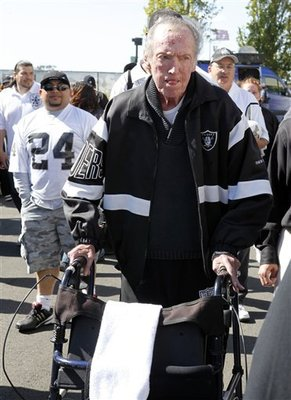 49ers_raiders_football_sff_69262_team_display_image