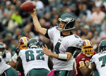 PHILADELPHIA - OCTOBER 03:  Kevin Kolb #4 of the Philadelphia Eagles throws a pass against the Washington Redskins on October 3, 2010 at Lincoln Financial Field in Philadelphia, Pennsylvania.  (Photo by Jim McIsaac/Getty Images)