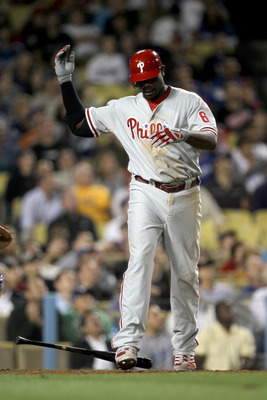 LOS ANGELES - AUGUST 30:  Ryan Howard #6 of the Philadelphia Phillies reacts after popping up against the Los Angeles Dodgers on August 30, 2010 at Dodger Stadium  in Los Angeles, California.  (Photo by Stephen Dunn/Getty Images)
