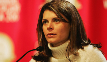 Mia_hamm_display_image