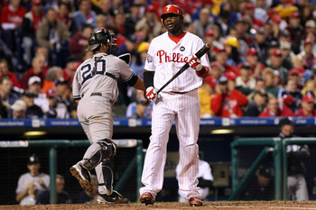 PHILADELPHIA - OCTOBER 31:  Ryan Howard #6 of the Philadelphia Phillies reacts to striking out against the New York Yankees in Game Three of the 2009 MLB World Series at Citizens Bank Park on October 31, 2009 in Philadelphia, Pennsylvania.  (Photo by Nick