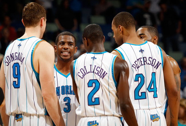 NEW ORLEANS - MARCH 31:  Chris Paul #3 of the New Orleans Hornets talks with his team during a timeout against the Washington Wizards at New Orleans Arena on March 31, 2010 in New Orleans, Louisiana.  The Wizards defeated the Hornets 96-91.  NOTE TO USER: