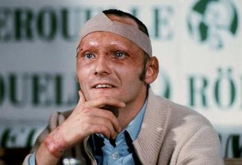 Niki Lauda at a press conference just before his comeback (der Spiegel)