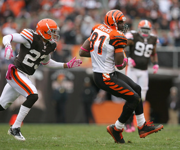 CLEVELAND - OCTOBER 03:  Wide receiver Terrell Owens #81 of the Cincinnati Bengals catches a pass in front of Joe Haden #23 of the Cleveland Browns at Cleveland Browns Stadium on October 3, 2010 in Cleveland, Ohio.  (Photo by Matt Sullivan/Getty Images)