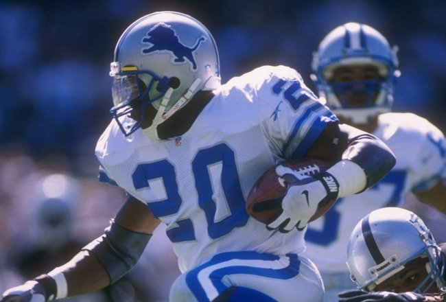 13 Oct 1996: Running back Barry Sanders #20 of the Detroit Lions keeps his eyes focused up field as he jumps over a would be tackler from the Oakland Raiders while running with the football during a carry in the Lions 37-21 loss to the Raiders at Alameda
