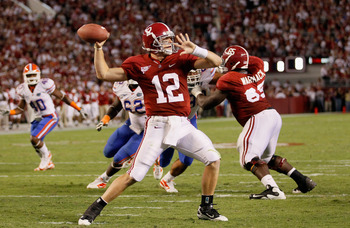 TUSCALOOSA, AL - OCTOBER 02:  Quarterback Greg McElroy #12 of the Alabama Crimson Tide looks to pass against the Florida Gators at Bryant-Denny Stadium on October 2, 2010 in Tuscaloosa, Alabama.  (Photo by Kevin C. Cox/Getty Images)