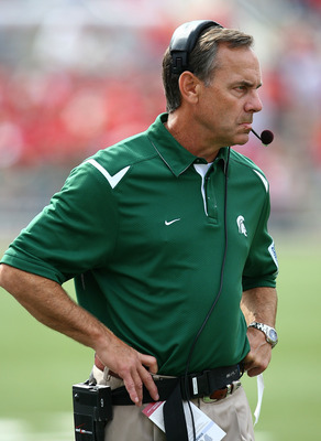 MADISON, WI - SEPTEMBER 26:  Head coach Mark Dantonio of the Michigan State Spartans watches as his team takes on the Wisconsin Badgers on September 26, 2009 at Camp Randall Stadium in Madison, Wisconsin. (Photo by Jonathan Daniel/Getty Images)