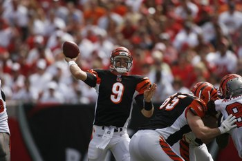 TAMPA, FL - OCTOBER 15:  Quarterback Carson Palmer #9 of the Cincinnati Bengals passes the ball against the Tampa Bay Buccaneers during the game at Raymond James Stadium in Tampa, Florida on October 15, 2006. The Buccaneers won 14-13. (Photo by Marc Serot