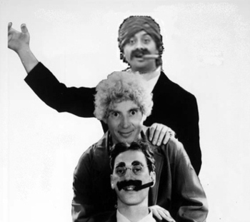 19cigarguymarxbros18_display_image