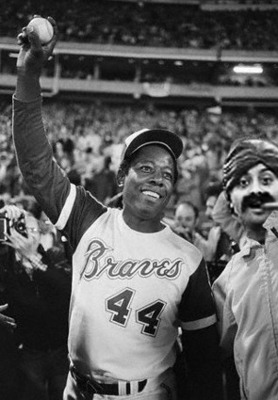 18cigarguyhankaaron3_display_image