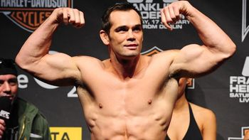Rich-franklin-weigh-in_display_image