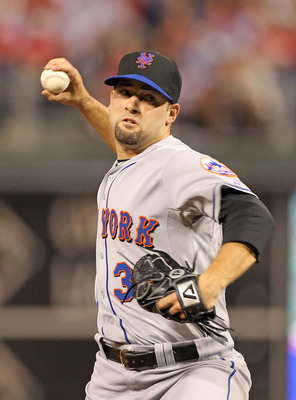 PHILADELPHIA - SEPTEMBER 25: Starting pitcher Dillon Gee #35 of the New York Mets throws a pitch during a game against the Philadelphia Phillies at Citizens Bank Park on September 25, 2010 in Philadelphia, Pennsylvania. The Mets won 5-2. (Photo by Hunter