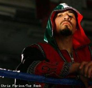 Pacquiao_margarito_tr_shoot_100901_003a_240x230_20100902_display_image