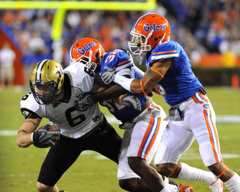GAINESVILLE, FL - NOVEMBER 7: Tight end Brandon Barden #6 of the Vanderbilt Commodores grabs a pass for a gain against the Florida Gators November 7, 2009 at Ben Hill Griffin Stadium in Gainesville, Florida.  (Photo by Al Messerschmidt/Getty Images)