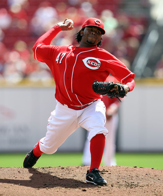 CINCINNATI - SEPTEMBER 12:  Johnny Cueto #47 of the Cincinnati Reds throws a pitch during the game against the Pittsburgh Pirates at Great American Ballpark on September 12, 2010 in Cincinnati, Ohio.  (Photo by Andy Lyons/Getty Images)
